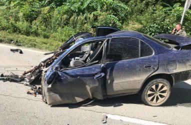 В Приморье машину разорвало на части: погиб пассажир