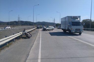 Трагедия в Приморье: мотоциклист погиб на месте ДТП