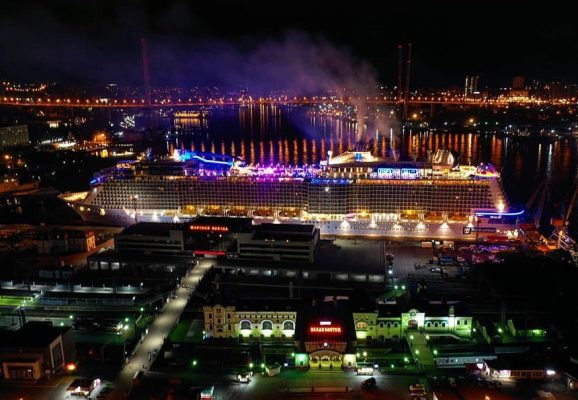 Круизный лайнер. Фотография из инстаграма Морского вокзала Владивосток