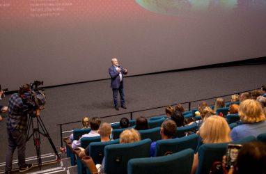 Опрос: 43,2% приморцев вообще не интересуются кинофестивалем «Меридианы Тихого»