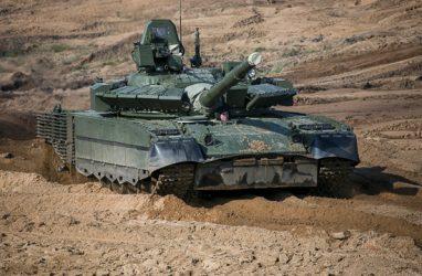 Морская пехота в Приморье получила на вооружение танки Т-80БВ
