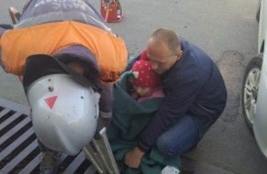 В Приморье ребёнку, застрявшему в ливнёвке, потребовалась помощь спасателей