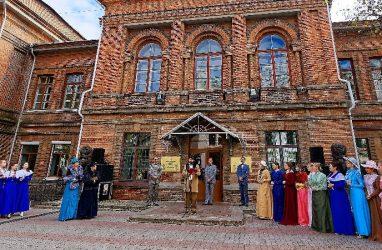 Во Владивостоке отметили 120-летие Восточного института