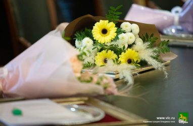 Какие цветы подойдут в подарок по случаю выхода на пенсию?