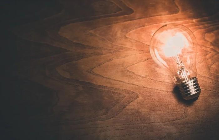 Лампочка, электричество, свет. Фото - pixabay