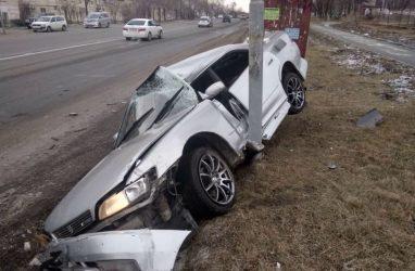 Mark II в хлам: 18-летний водитель без прав попал в жуткое ДТП в Приморье