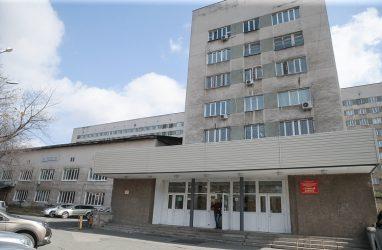 Сразу 10 отделений отремонтируют в 2020 году в «Тысячекоечной больнице» Владивостока