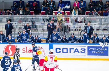 «Адмирал» проиграл в 500-м матче своего главного тренера в КХЛ
