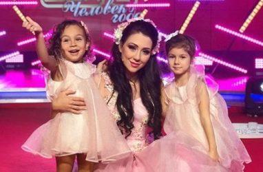 Участница «Дома-2» Алёна Рапунцель вышла в третий этап конкурса «Человек года»