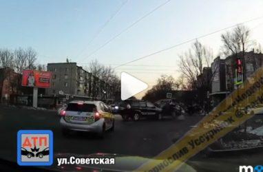 Серьёзное ДТП с переворотом попало на видео в Приморье