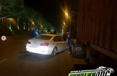 «Сняла номера со своего BMW и скрылась»: необычное ДТП произошло во Владивостоке