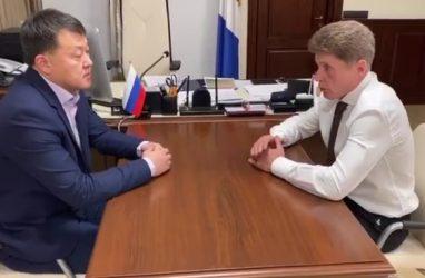 Губернатор Приморья поддержал уволенного главврача Медцентра ДВФУ Олега Пака