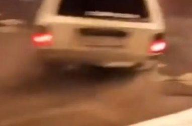 «Лежачие полицейские» не остановили нелегальных дрифтеров во Владивостоке