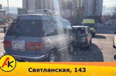 Отказали тормоза: во Владивостоке произошло массовое ДТП с пострадавшими
