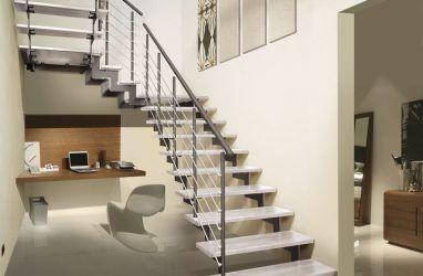 Лестницы на второй этаж: разнообразие конструкций и материалов