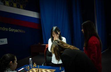 Шахматные баталии во Владивостоке завершились победой китаянки