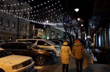 Артисты Шаляпинского клуба Владивостока исполнят любимые новогодние песни