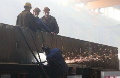 В Приморье в 2020 году ожидается самый низкий рост зарплаты — эксперты