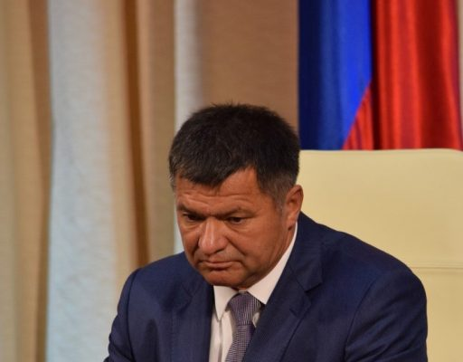 Глава Приморья рассказал ФАС о дорогих бензине и авиабилетах