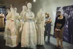 Во Владивостоке открылась выставка, посвящённая русской моде конца XIX - начала XX веков