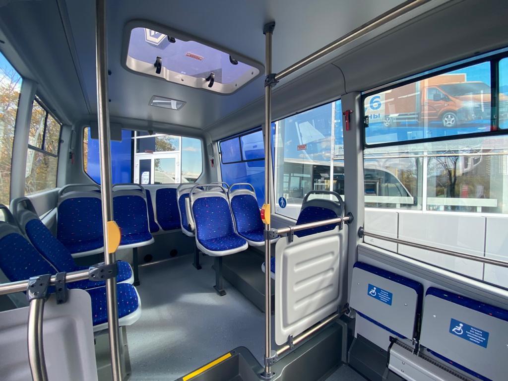 <strong>На дороги Владивостока вышел новый автобус «Газель Сити». Фото - Виктория Лебединец </strong>
