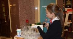 На открытии XIII Международного джазового фестиваля зрители общались и пили шампанское