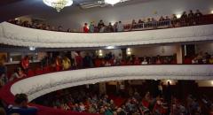 К началу открытия джазового фестиваля зал был полон зрителей