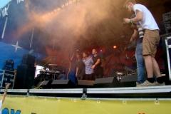 <strong>Группа IX (Нидерланды) прощается с восторженными зрителями</strong>
