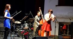 Группа Misuzu Quartet широко популярна в Японии