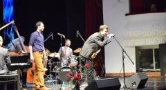 После антракта на сцену вышла французская группа Papanosh.