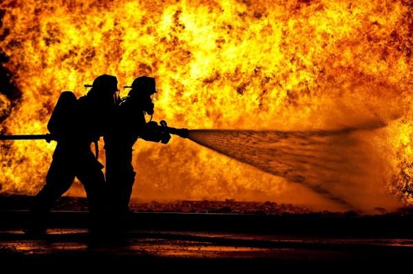 пожар, пожарные, огонь