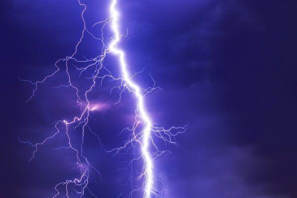 Молния, тайфун, гром, гроза, дождь