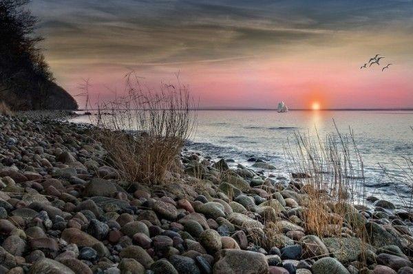 Море, берег, закат