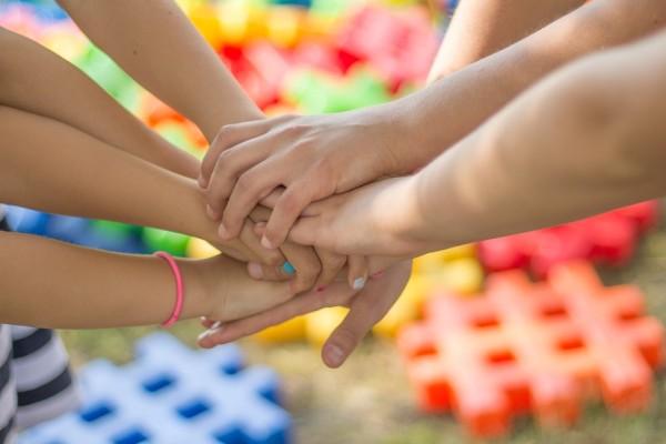 Семья, люди, дружба, руки
