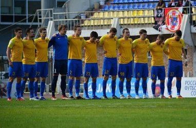 Футболисты «Луча» завершили сезон поражением