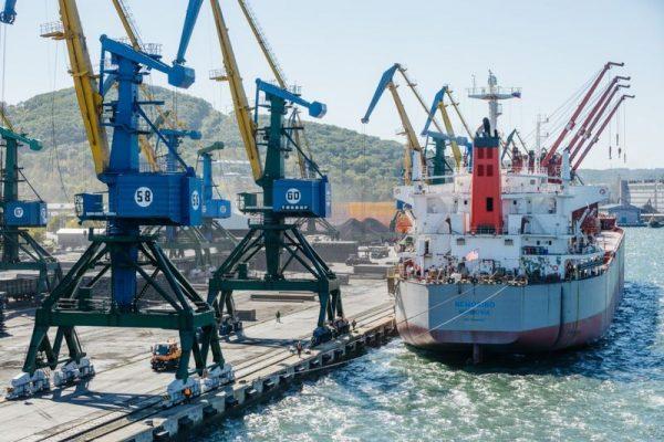 Морское судно, уголь, порт Находка