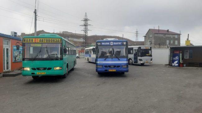 Автобусы, Маяк