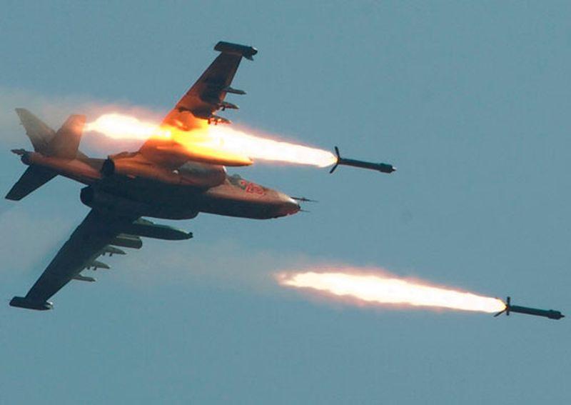 Боевой самолет, стрельба, Су-25