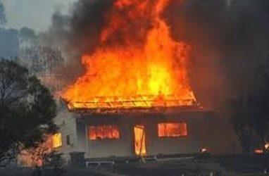 Пожар во Владивостоке унёс жизни двух человек