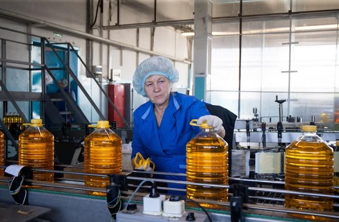 «Приморская соя», завод, масло. Фото - Александр Сафронов (администрация Приморского края)