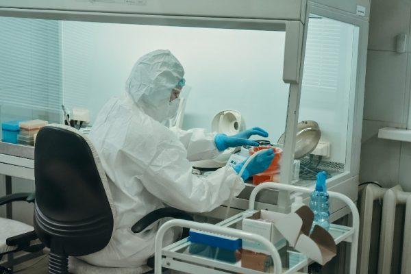 Лаборатория, коронавирус