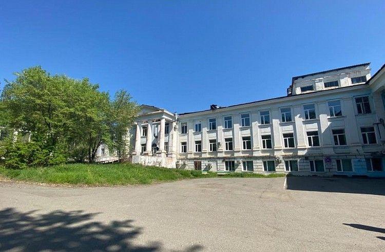 Больница Партизанска. Фото - пресс-служба правительства Приморского края
