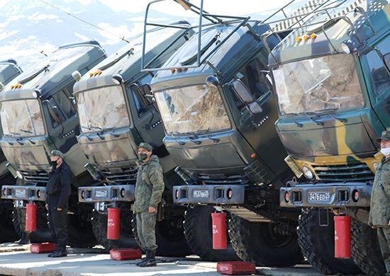 Армия, грузовики