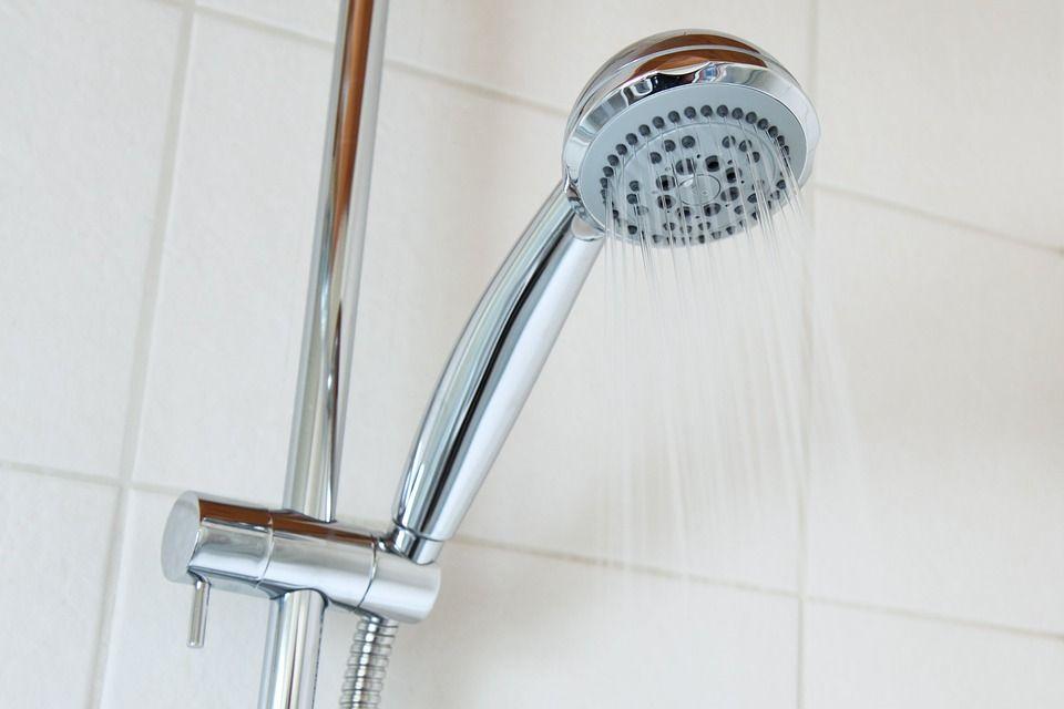 Горячая вода, душ, ванная, вода. Фото - pixabay