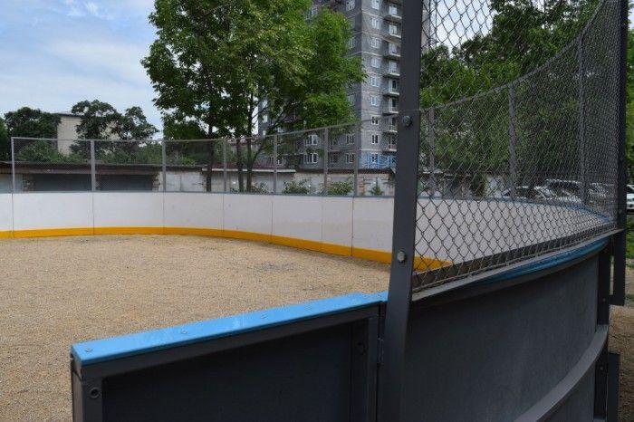 Ногвая хоккейная коробка в Уссурийске. Фото - пресс-служба администрации Уссурийска