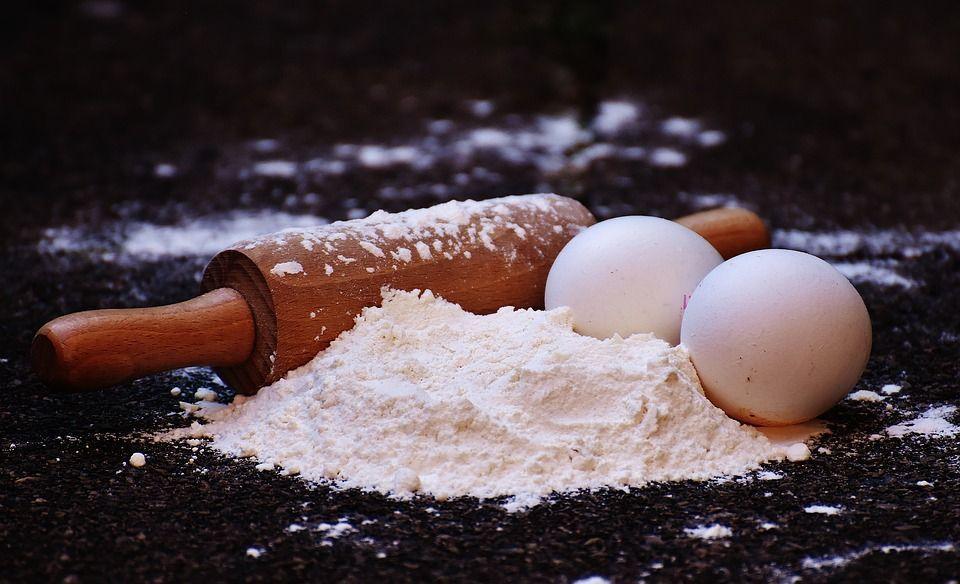 Мука, яйца, выпечка, хлеб, продукты. Фото - pixabay