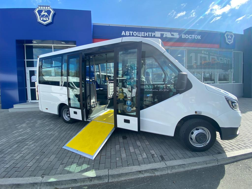 На дороги Владивостока вышел новый автобус «Газель Сити». Фото - Виктория Лебединец