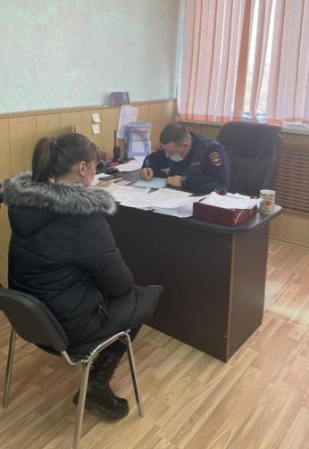Автомобилистку, сбившую 9-летнего ребёнка в Приморье, арестовали на двое суток. Фото - пресс-служба ОМВД России по городу Уссурийску