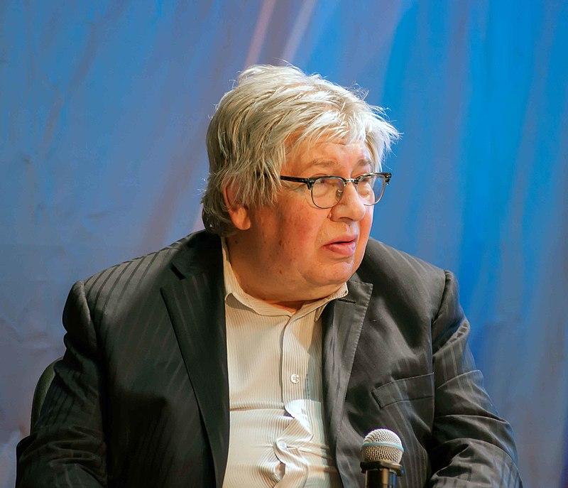 Кирилл Разлогов. Фото Frolzart с сайта wikipedia.org